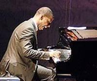 Пленительность и подводные камни фестиваля звезд пианизма