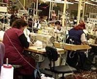 Число свободных рабочих мест сокращается