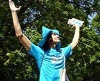 Бирюзово-голубой Маконьстумейс отправляется в мир