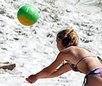На пляже безопасности хватает, удобств недостаточно