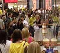 Сумасшедший шоппинг в торговом центре «Баата»
