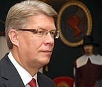 Президент Латвии Валдис Затлерс распустил Сейм