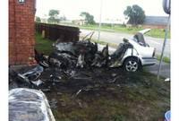 Дополнено (19:02) – Авто врезалось в дом и загорелось: двое погибших, еще трое госпитализированы