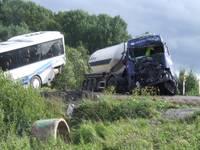ГПСС: в серьезной аварии на трассе Рига-Лиепая пострадали 18 человек