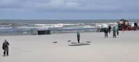 Сомнения не рассеиваются; Расширяются полномочия самоуправлений на пляжах