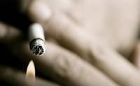Курят и на улице, и в общежитии