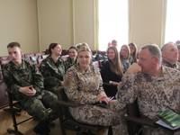 Дискутируют о военном обучении студентов