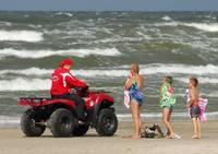 Пляжная спасательная служба начинает работу