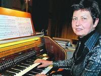 Будет музицировать Лариса Булава
