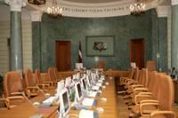 Политики в кулуарах прогнозируют почти неизбежную отставку правительства