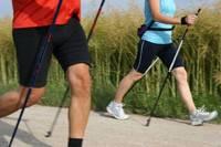 Жители Латвии проходят в среднем 2,7 км в день