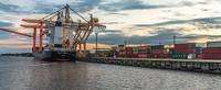 Государство перенимает Рижский и Вентспилсский порты