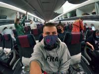 На мопедах по вьетнамским дорогам, чтобы успеть в аэропорт — рассказ Роберта Витолса о возвращении в Латвию