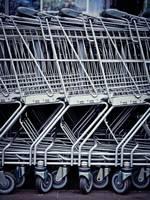 При значительном ухудшении эпидемиологической ситуации будут работать только магазины товаров первой необходимости, развлекательные заведения будут закрыты
