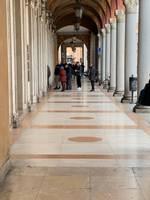 Лиепайчанка в Италии: «Не хватает дезинфицирующих средств и наказывают за объятия»