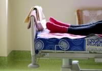 В Лиепайской больнице уже 60 пациентов с Covid-19; в реанимации – шестеро