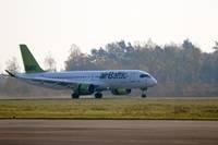 «airBaltic» временно прекратит полеты в Лиепаю