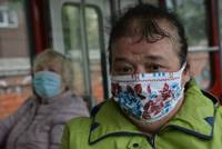 Пассажиры снова в масках, но не все