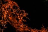 В Медзской волости огонь разрушил сарай, погреб и гараж
