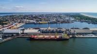 В Лиепайском порту планируют производить угольные брикеты для рынка Великобритании