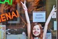 Правительство отложило принятие решения об открытии небольших магазинов