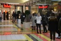 В Лиепае торговцам идти на улицы нет нужды. Открыты все торговые центры
