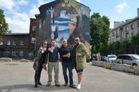 Известный в мире граффити-художник OZMO новейшую работу создал в Лиепае