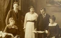 Лиепайский музей получил в дар ценные свидетельства о жизни  врача Екаба Адамсонса и его семьи
