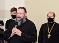 Священнослужители решают, депутат возражает; дума утвердила комиссию по религиозным делам