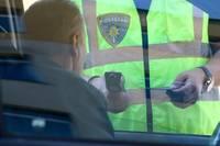 Продолжают ловить пьяных водителей. В Гробине мужчина сел за руль с 2,15 промилле и без прав
