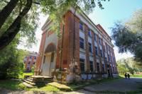 На территории бывшей 11-й средней школы могли бы появиться квартиры или магазины
