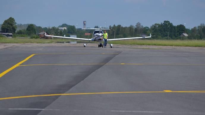 Лиепайскому аэропорту по-прежнему не удалось привлечь новые авиакомпании